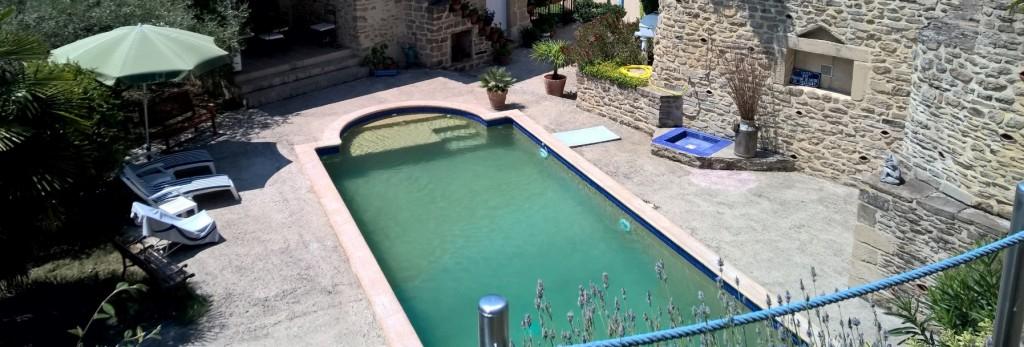 La piscine - Le gîte Les chaises Longues